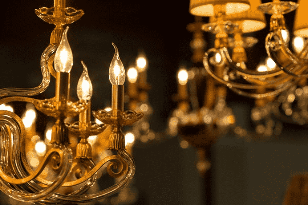 LED candelabras are the perfect ornament to make your dinner table look fancy and luxurious